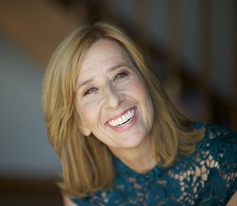 Kathryn Heyman smiling
